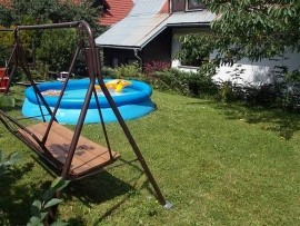 img_zahrada-s-bazenem-f342-.jpeg